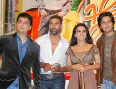 Sajid Nadiadwala with Akshay Kumar, Ritesh Deshmukh and Vidya Balan